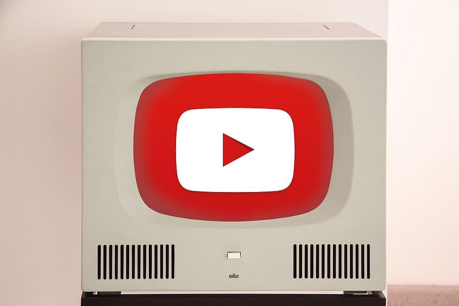 bani youtube parteneriat